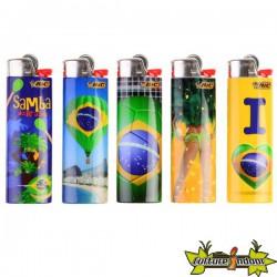 Bic J26 - Ope Brazil - Le Lot De 5 Briquets + 2 Bracelets Bresiliens