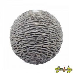 Selva sphère béton avec galets foncés